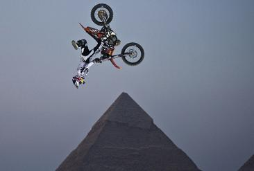 Backflip Nacs in front of the Pyramids?